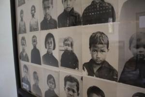 Smaaungar drept av den Raude Khmer
